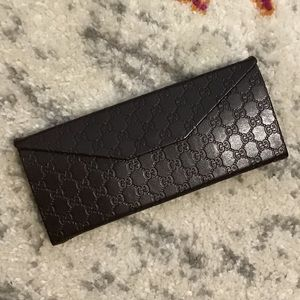 Gucci Sunglass/eye glass case in new condition G